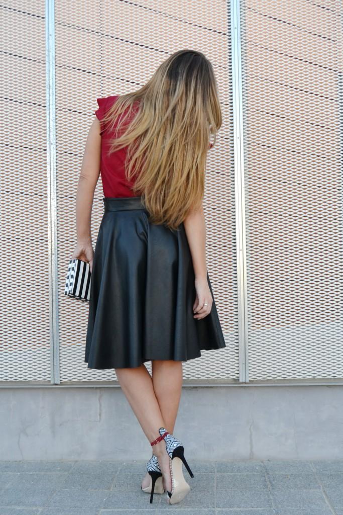 Falda midi cuero 1