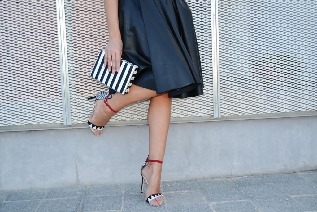 Falda midi cuero 4
