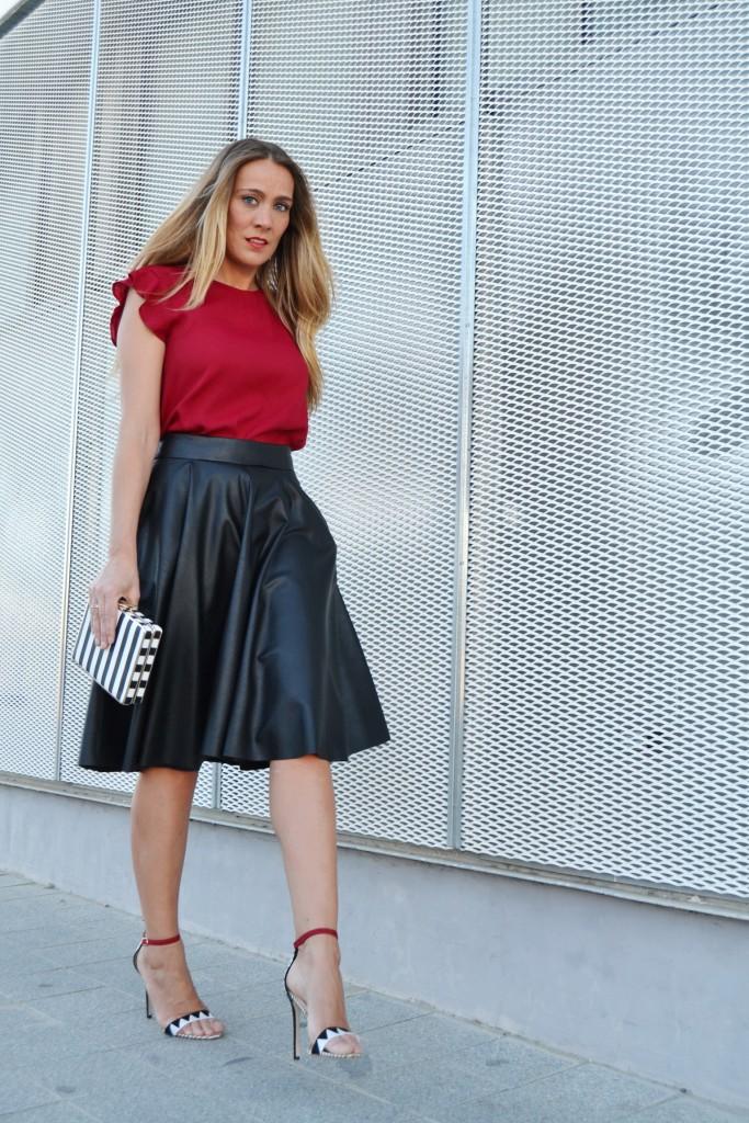 falda midi cuero 9