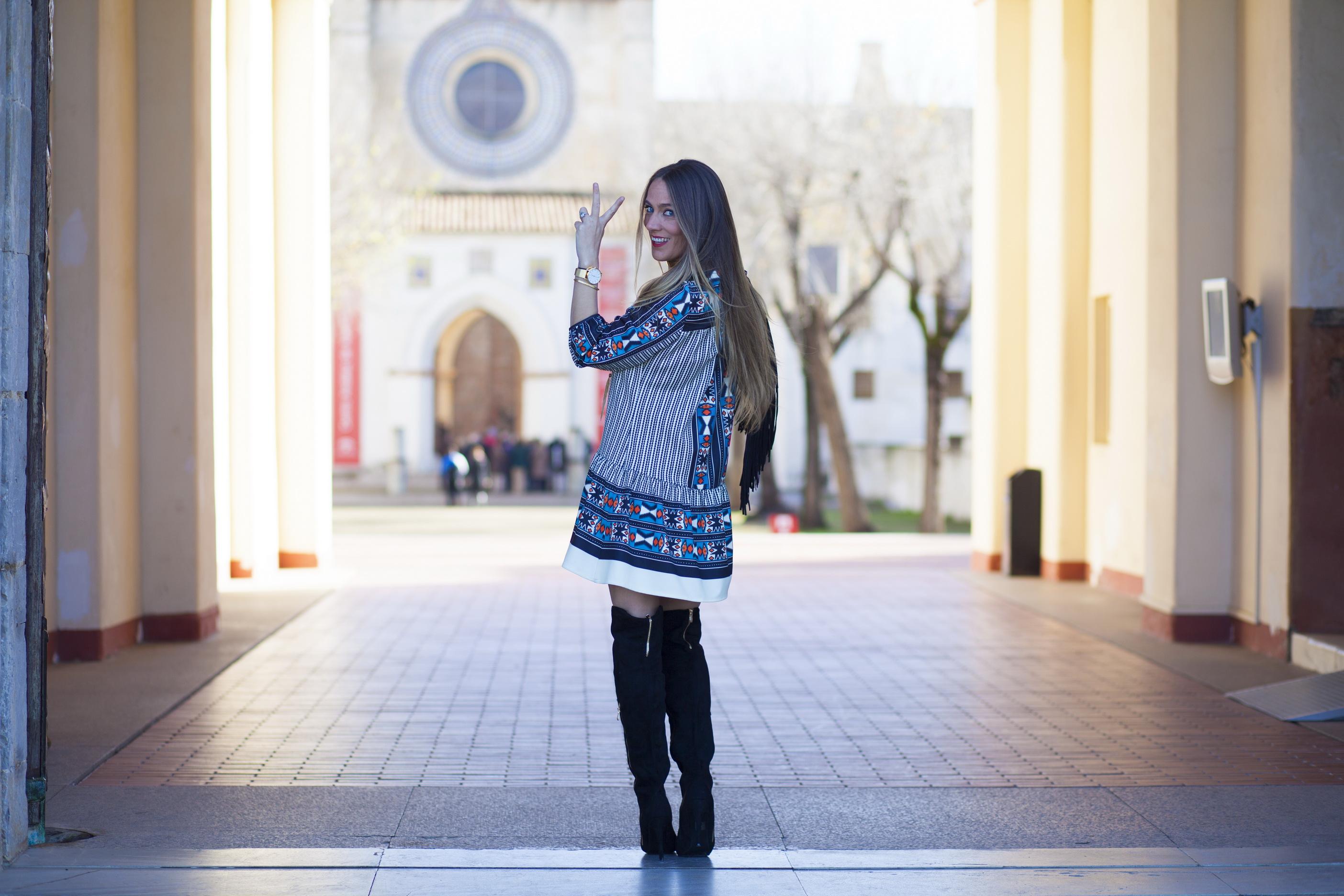 guapa y con estilo blogger de moda