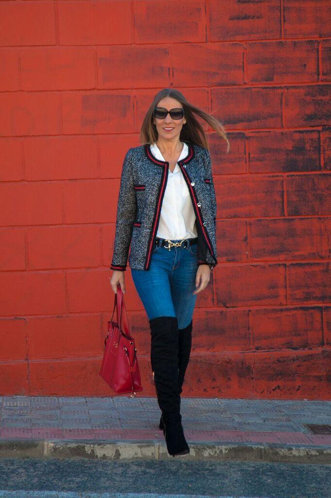 Look en tonos rojos guapa y con estiloguapa y con estilo for Chaquetas guapas