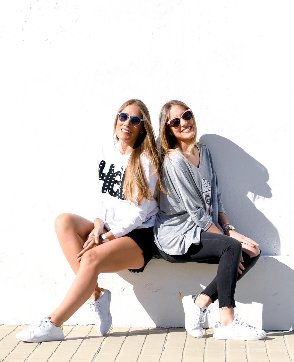 Camisetas de ambas de Paula Muñíz