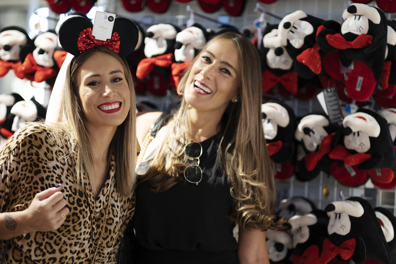 Madre e hija en primark Sevilla
